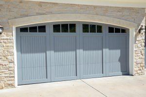 Custom garage door from Grad Timber Doors
